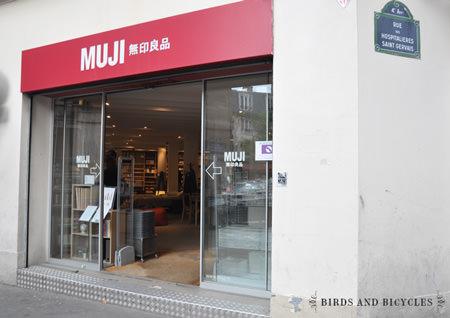 un carnet minimaliste et japonais chez muji. Black Bedroom Furniture Sets. Home Design Ideas