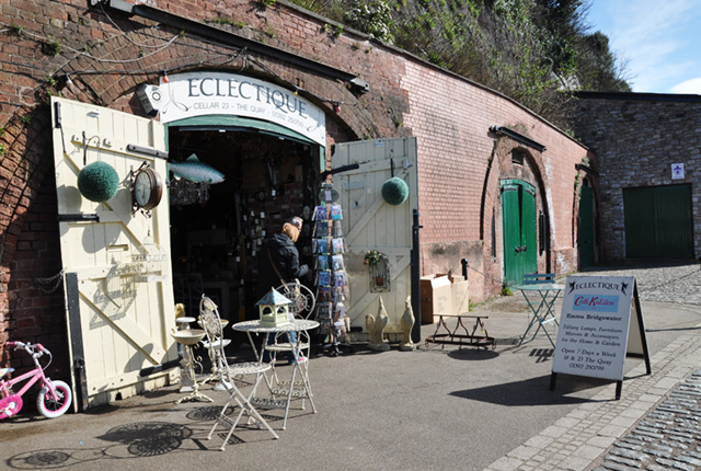 Boutique-Exeter-quais