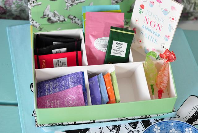 THE BOX: Un coffret de thés mensuel