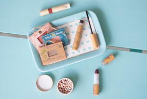 Tests de produits de chez Couleur Caramel - Maquillage Bio - Crédit photo: Birds & Bicycles, blog féminin lifestyle avec un accent sur la beauté bio