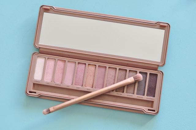 La palette Naked 3 de Urban decay - ma palette de maquillage nude pour les yeux préférée!!e!