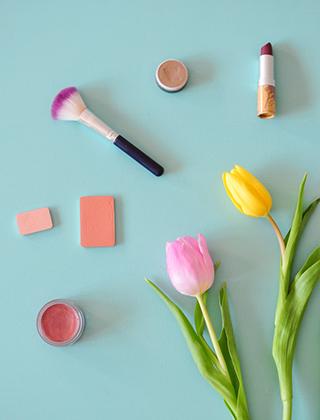 Des pistes de réflexion pour se mettre aux cosmétiques bio sur le blog Birds & Bicycles