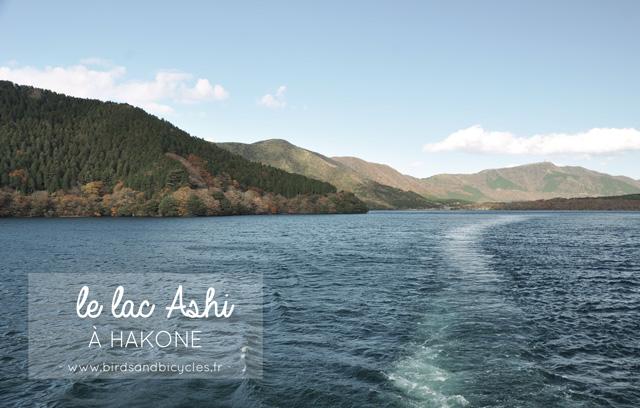 Le Lac Ashi à Hakone - Voyage au Japon sur le blog lifestyle Birds & Bicycles