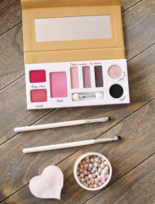 Jolie palette de make-up bio Couleur Caramel