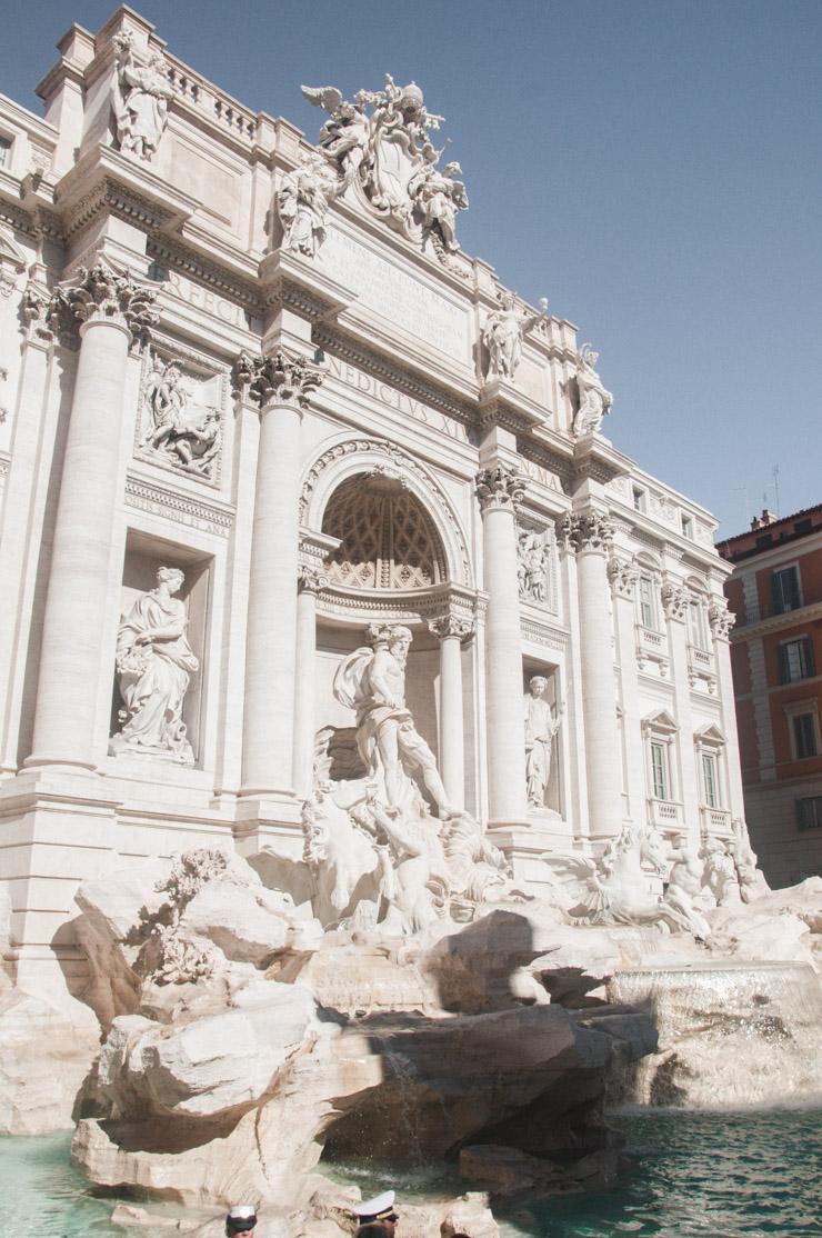 Que voir à Rome en 3 jours? L'incontournable Fontaine de Trévi!