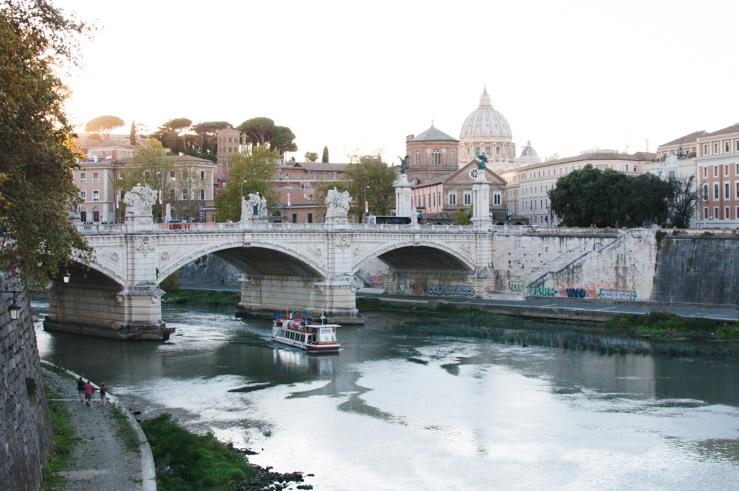 Un pont à Rome - Voyage en Italie