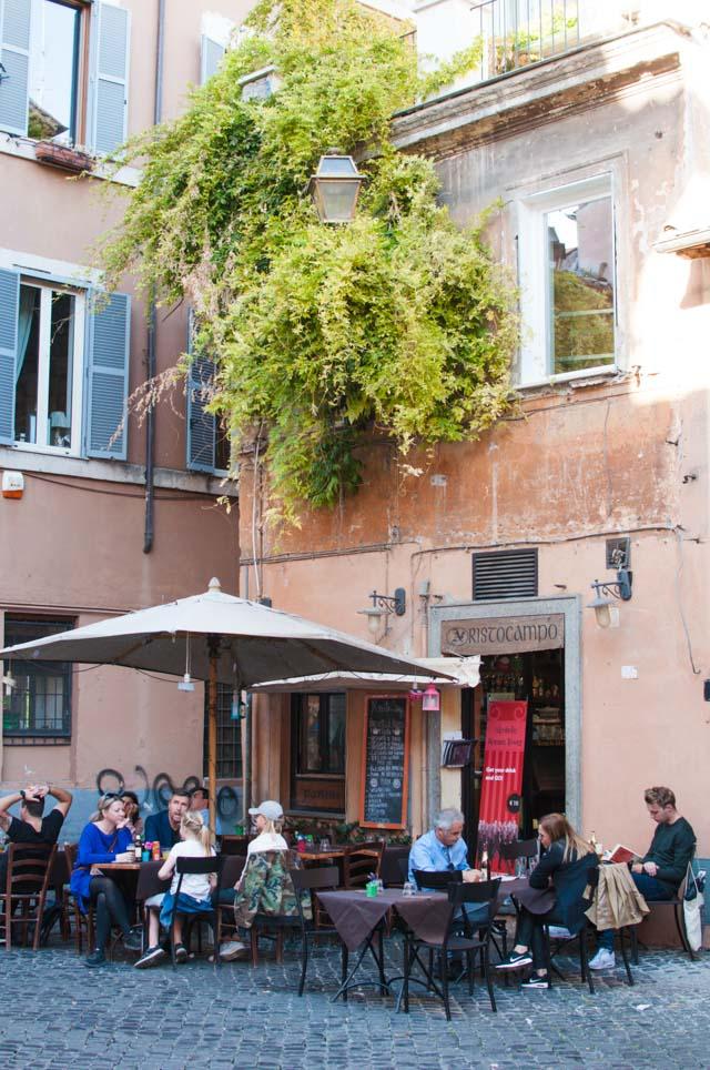 Où prendre un verre à Rome? Le quartier du Trastevere regorge de bonnes adresses
