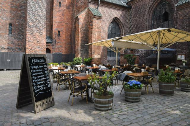 Bonne adresse pour manger un smørrebrød au centre-ville de Copenhague. Week-end de 3 jours au Danemark