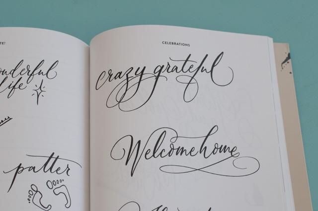 S'initier au lettering à la plume avec un très joli livre sur la calligraphie moderne