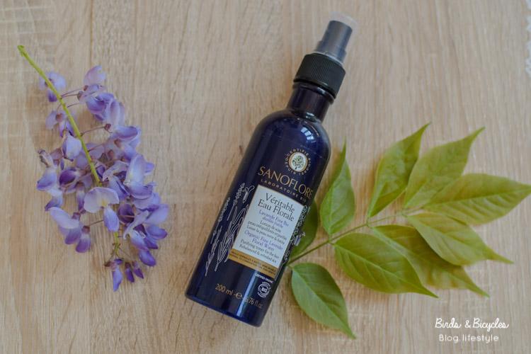 Eau florale de lavande pour les soins visage bio