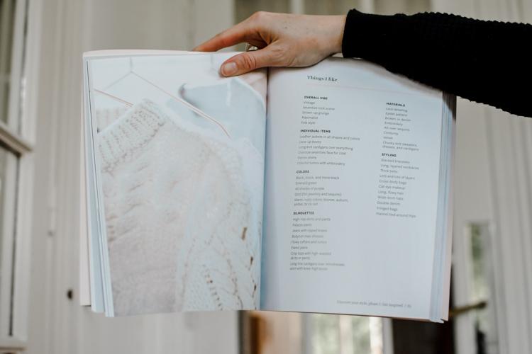 """Le livre """"The curated closet"""" donne des conseils pour définir son style"""