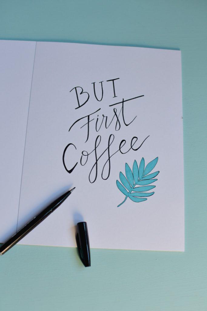 S'entraîner à réaliser des compositions en lettering: un cahier d'exercices