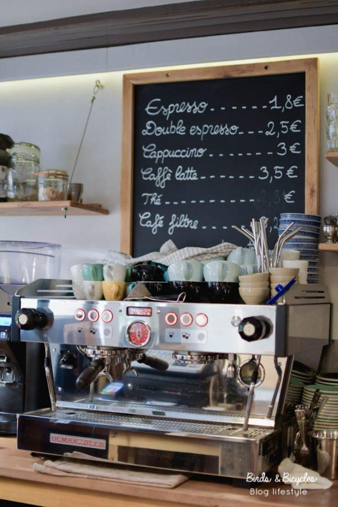 Adresses de cafés à Mulhouse: chez Kohi, coffee shop. Café excellent et convivial
