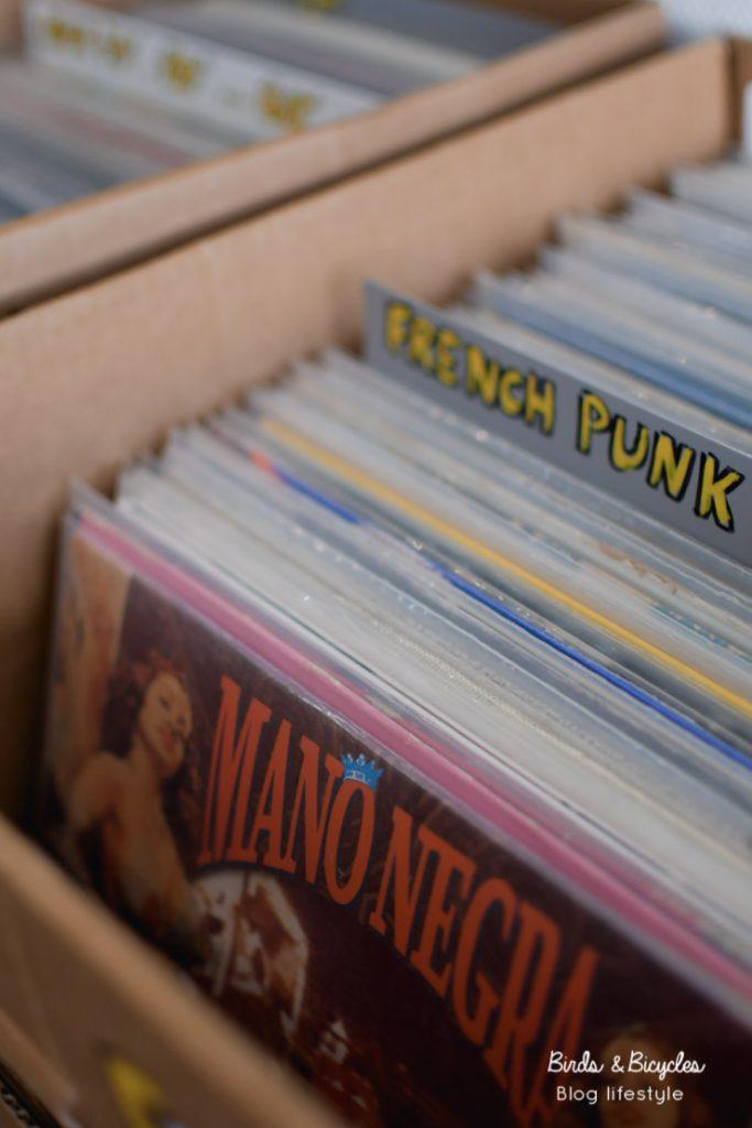 Rock, vinyles, k7 et bons conseils chez Mélodie en Sous-sol à Mulhouse