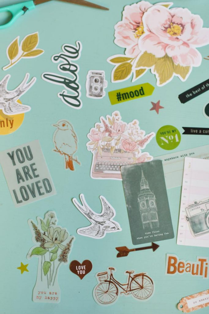 Sur le blog je vous montre le kit déco pour albums Project Life & Scrapbooking de la collection Honey & Spice d'Heidi Swapp
