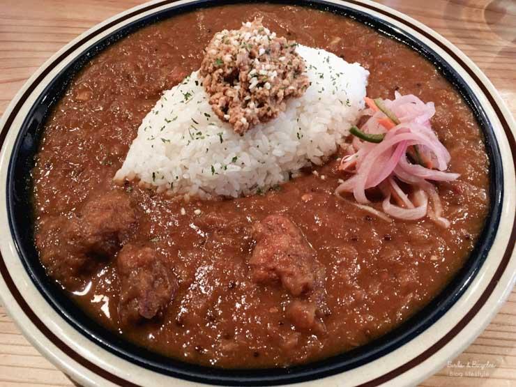 Bonne adresse Himeji -Spice Suehiro - Spécialités japonaises: Manger un curry raice à Himeji chez
