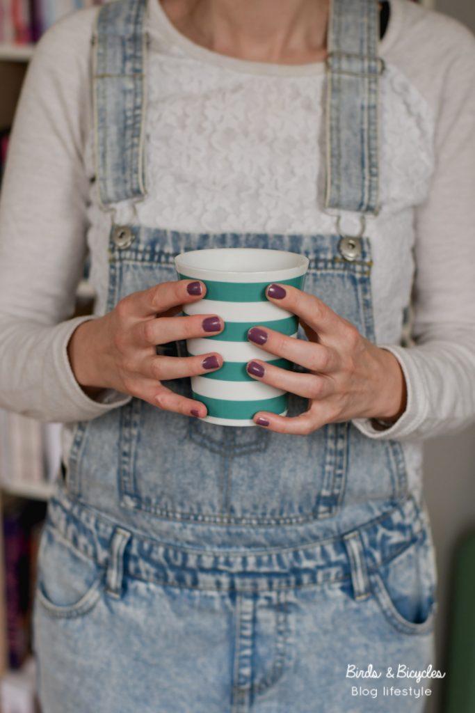 Une tasse de thé (cup of tea)