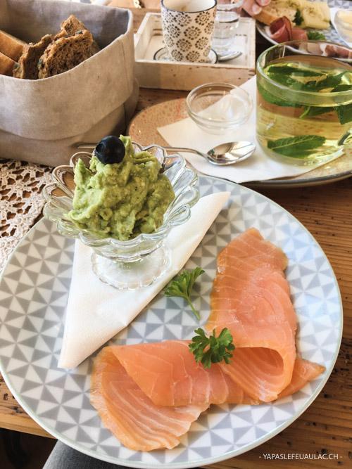 Petit déjeuner healthy au Café Rosalie à Sankt Blasien