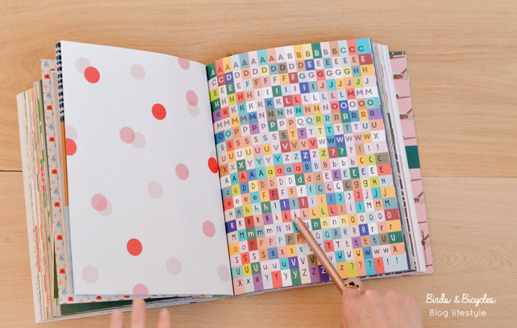 Stickers alphabet - Book for paper Lovers 4 de Flow