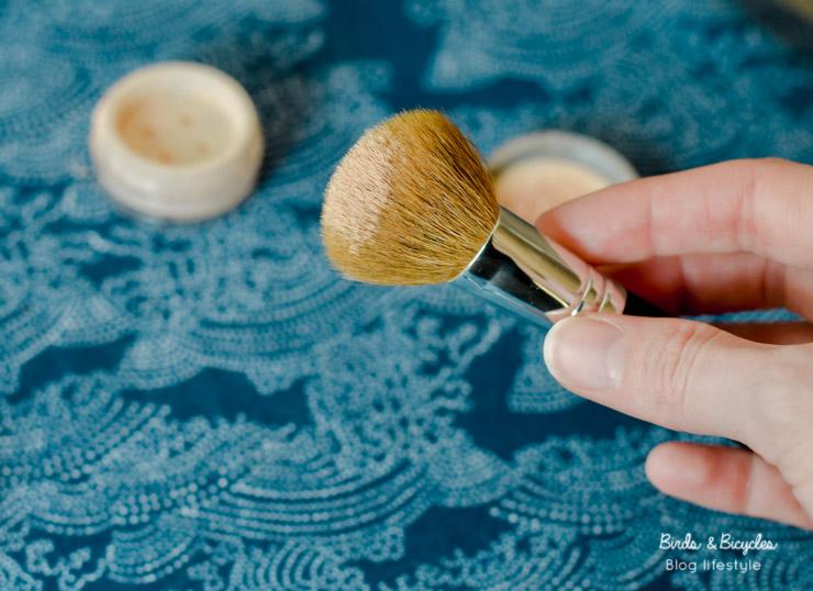Make-up minéral: un choix judicieux pour les peaux à problèmes! Une solution clean.