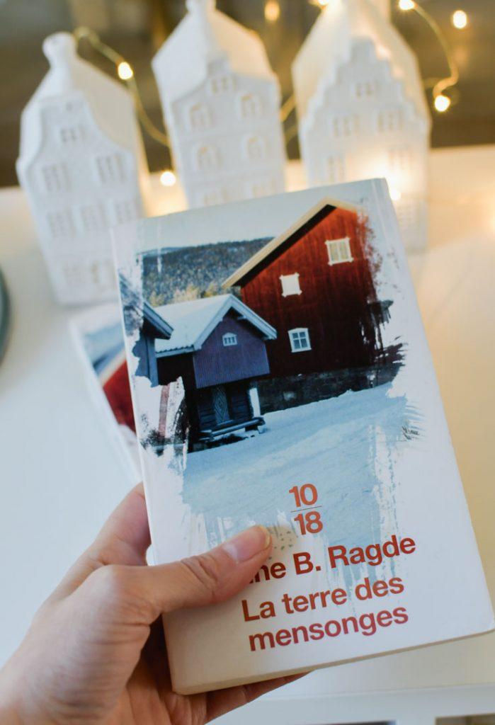 Romans: Si vous cherchez une saga avec des personnages attachants, des rebondissements et un petit dépaysement dans les pays nordiques, foncez pour cette série de l'auteure norvégienne Anne B Ragde!