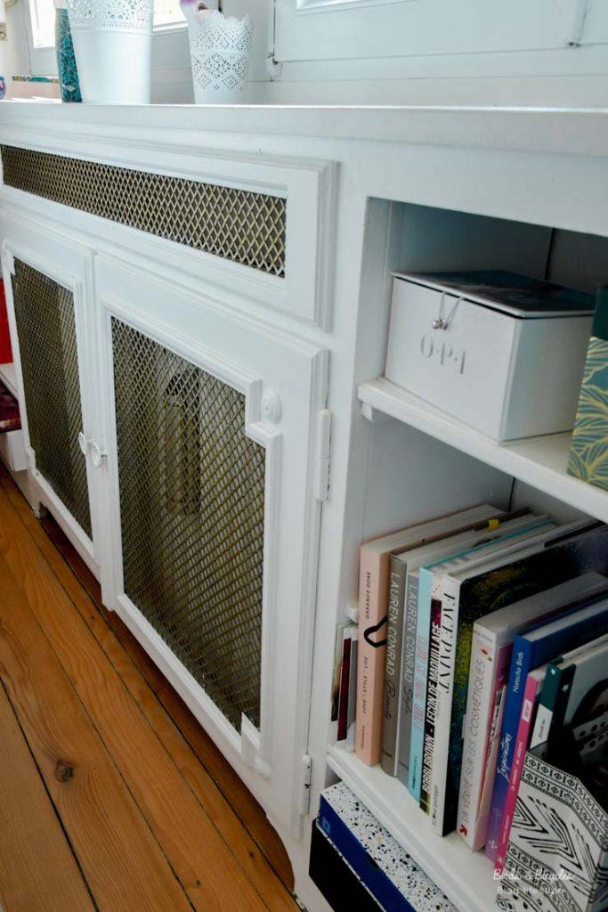 Détail: les coffres de radiateurs