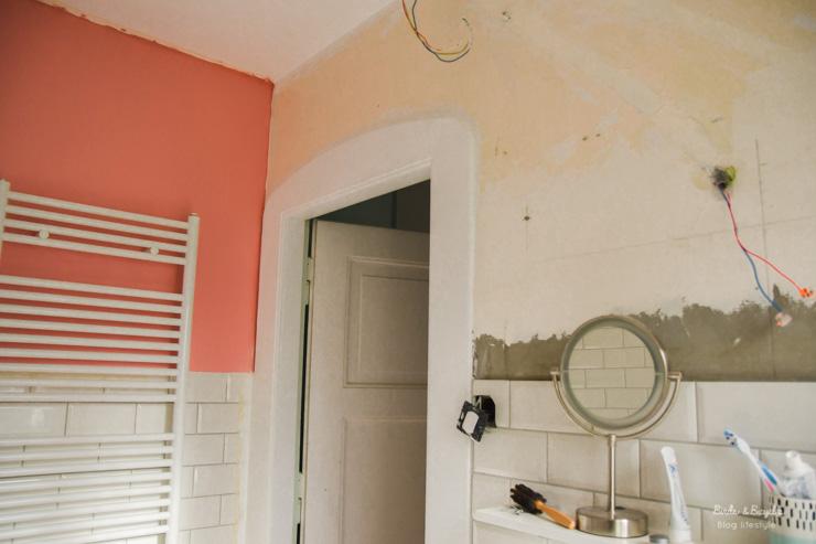 A nous de jouer! Rénover les murs. Les travaux de salle de bain étape par étape sur le blog