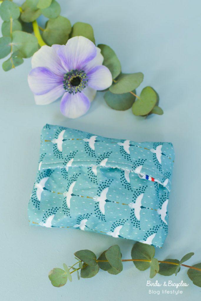 Bonne idée: la pochette pour transporter son savon, avec un motif japonais