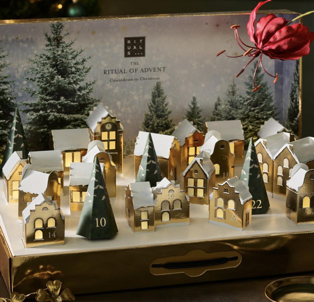 Packagings féériques côté beauté pour Noël 2021
