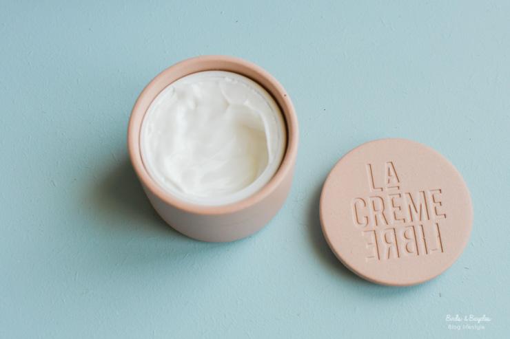 Les pots en béton rechargeables d'une marque de cosmétiques française - tests beauté sur le blog Birds & Bicycles