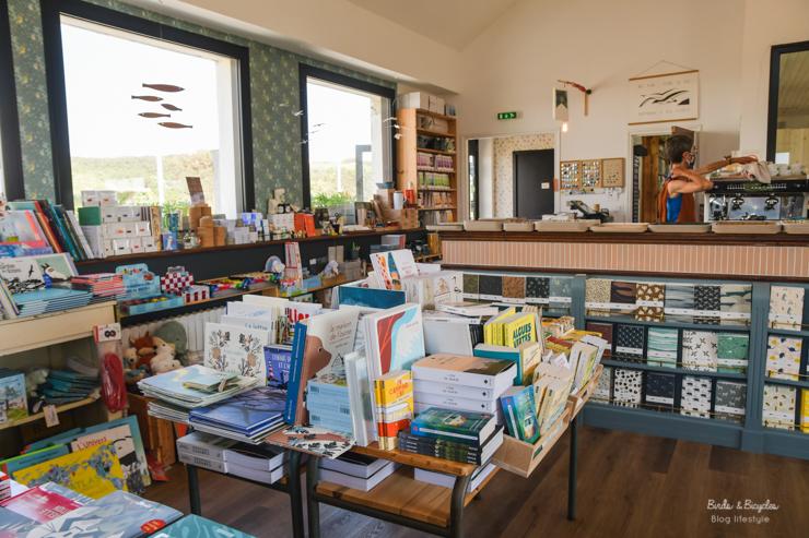Carnets français de Monsieur Papier: librairie - café - papeterie en Bretagne
